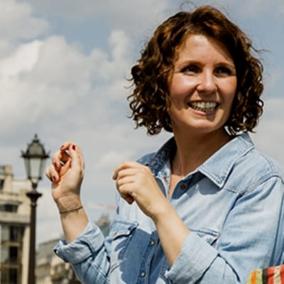 Stéphanie Collardeau guide accompagnatrice de voyage à Paris