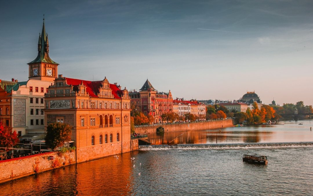 Go to Prague, the sumptuous golden city