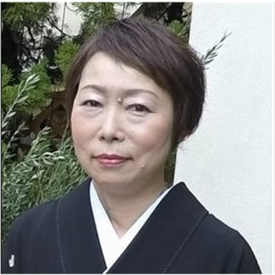 Yoko Higashino guide accompagnatrice de voyage au Japon