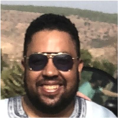 Houssine El Morabit guide accompagnateur de voyage au Maroc