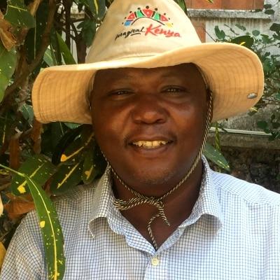 Maurice Mwanzia guide accompagnateur de voyage au Kenya