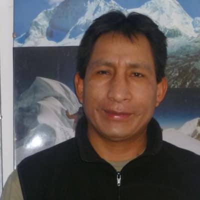 Rodolfo Reyes guide accompagnateur de voyage au Pérou