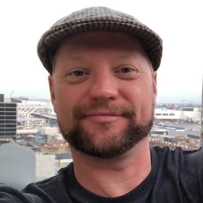Mike Stearne guide accompagnateur de voyage en Nouvelle-Zélande