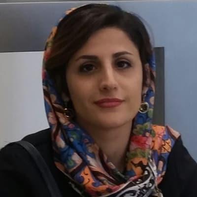 Elham Bagheri guide accompagnatrice de voyage en Iran