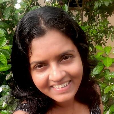 Isanka Gunawardhana guide accompagnatrice de voyage au Sri Lanka