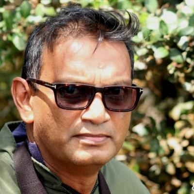 Mahinda Siriwardena guide accompagnateur de voyage au Sri Lanka