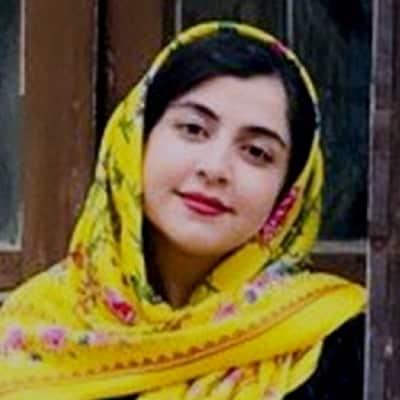 Asra Falahi guide accompagnatrice de voyage en Iran