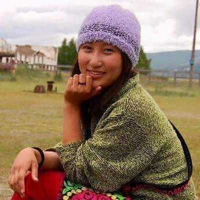 Young Eriko guide accompagnatrice de voyage en Mongolie