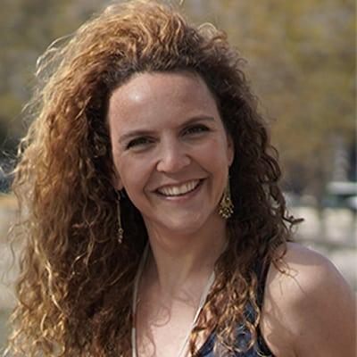 Pamela Breit Foncillas guide accompagnatrice de voyage à Paris