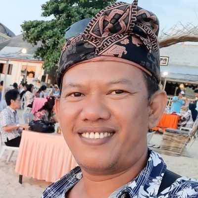 Putu Gede Kardiasa guide accompagnateur de voyage à Bali