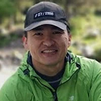 Damir Alymbek Uuluguide accompagnateur de voyage au Kirghizistan