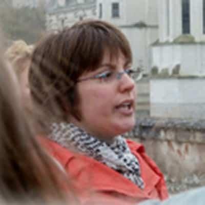 Virginie Batteux guide accompagnatrice de voyage dans la région des chanteaux de la Loire