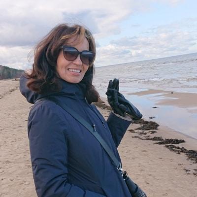 Lidya Gornostajeva guide accompagnatrice de voyage en Lettonie