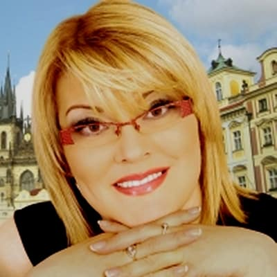 Ljuba Poleva guide accompagnatrice de voyage à Prague