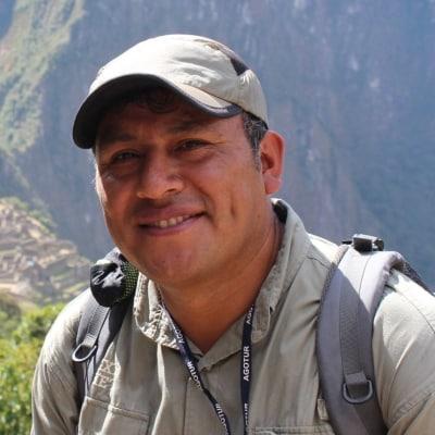 Hernan Hermoza Gamarra guide accompagnateur de voyage au Pérou