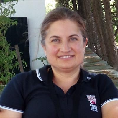 Sara Dias guide accompagnatrice de voyage à Porto