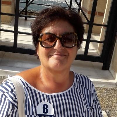 Imma Sansone guide accompagnatrice Pompeii et Naples