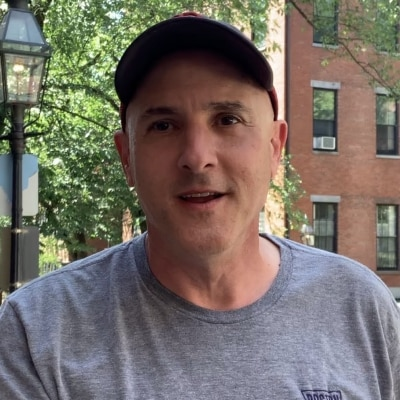 Neal Roberts guide accompagnateur de voyage à Boston