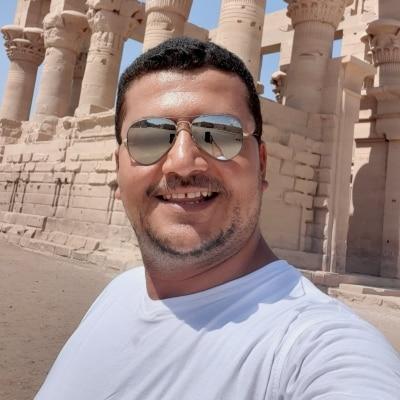 Michael Samy guide accompagnateur de voyage en Égypte