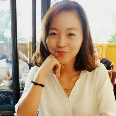 Lily Nguyen guide accompagnatrice de voyage au Vietnam