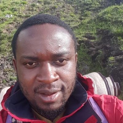Peter Buma Linonge guide accompagnateur de voyage en Égypte