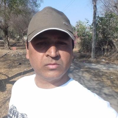 Mansur Khan guide accompagnateur de voyage en Inde
