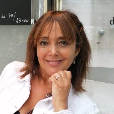 Yaelle Marceau-Cohen guide accompagnatrice de voyage à Paris