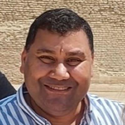 Aton Atef guide accompagnateur de voyage en Égypte
