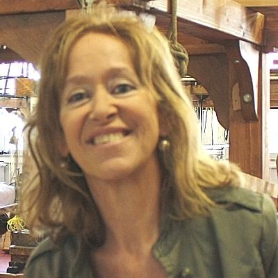 Isabelle Massé guide accompagnatrice de voyage à Lyon