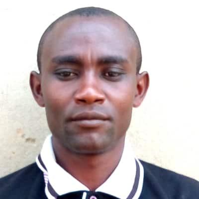 Emmanuel Tuhairwe guide accompagnateur de voyage en Ouganda
