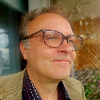 Christopher Spence guide accompagnateur de voyage à Paris