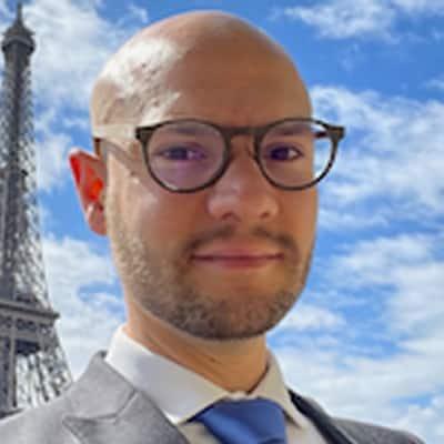 Humberto Farias guide accompagnateur de voyage à Paris