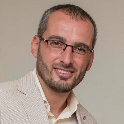 Gabriel Dima guide accompagnateur de voyage à Dubaï